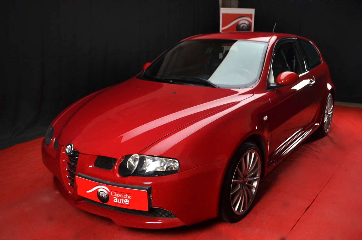 Alfa-Romeo-147-3.2-GTA-Rossa-ClassicheAuto-1