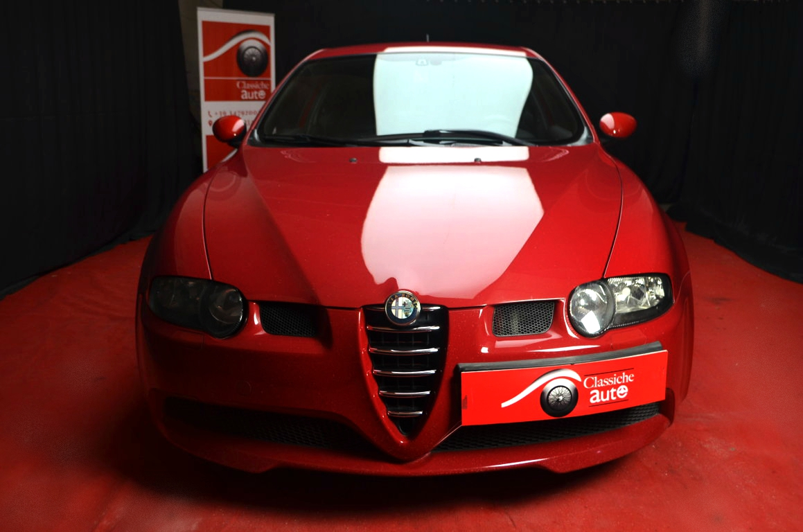 Alfa-Romeo-147-3.2-GTA-Rossa-ClassicheAuto-12