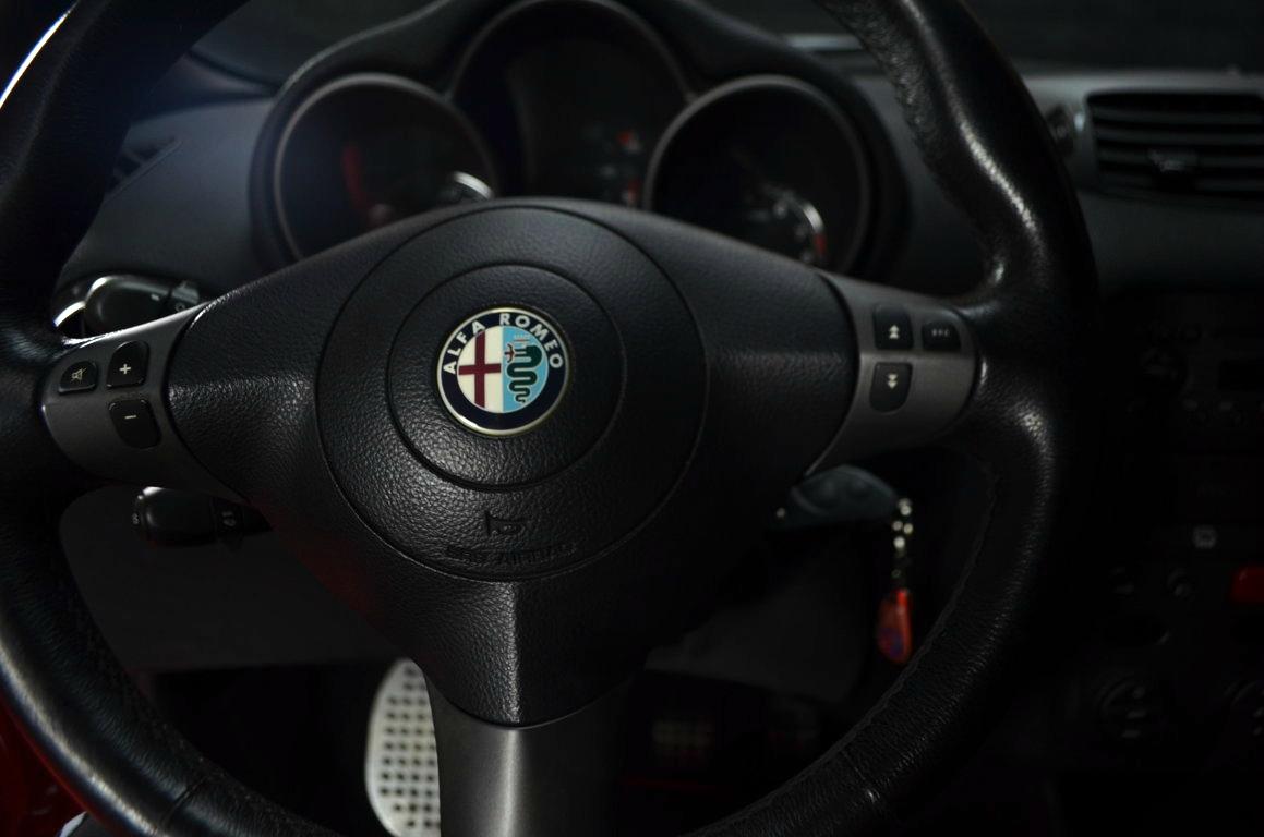 Alfa-Romeo-147-3.2-GTA-Rossa-ClassicheAuto-15