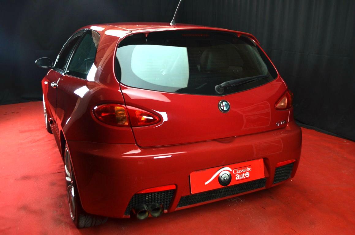 Alfa-Romeo-147-3.2-GTA-Rossa-ClassicheAuto-17