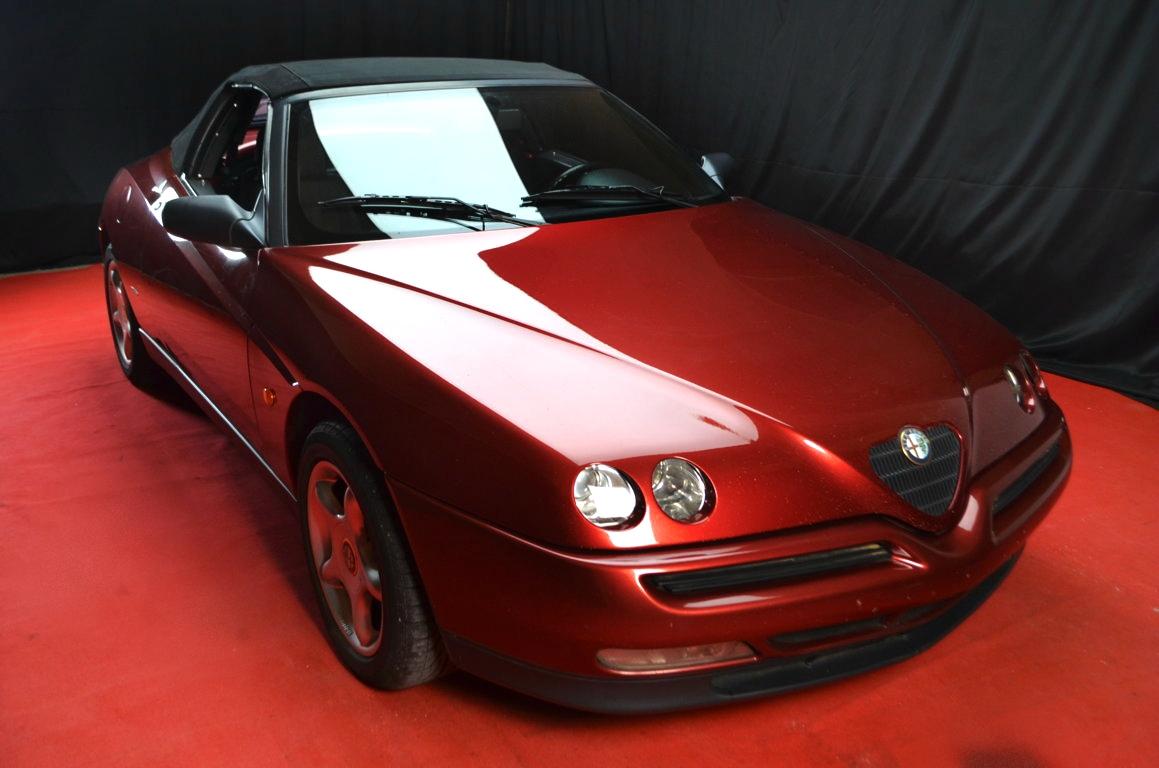 Alfa Romeo Spider 916 bordeaux - ClassicheAuto 23
