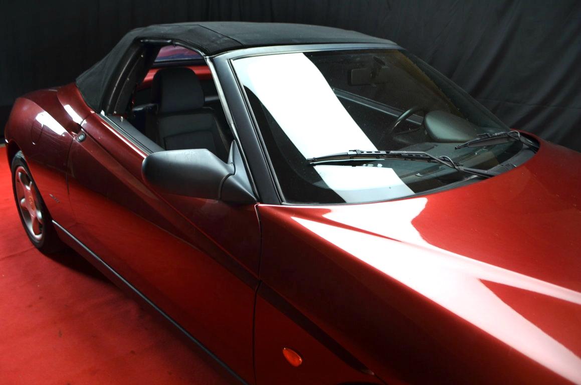 Alfa Romeo Spider 916 bordeaux - ClassicheAuto 24