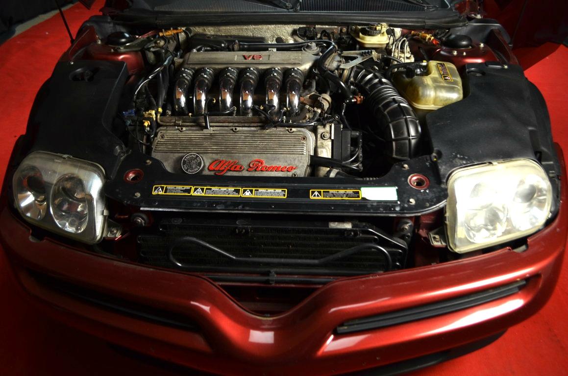 Alfa Romeo Spider 916 bordeaux - ClassicheAuto 30