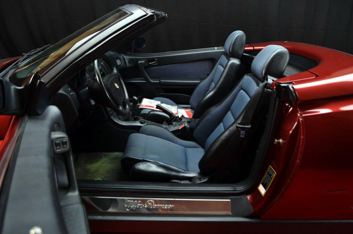 Alfa Romeo Spider 916 bordeaux - ClassicheAuto 6
