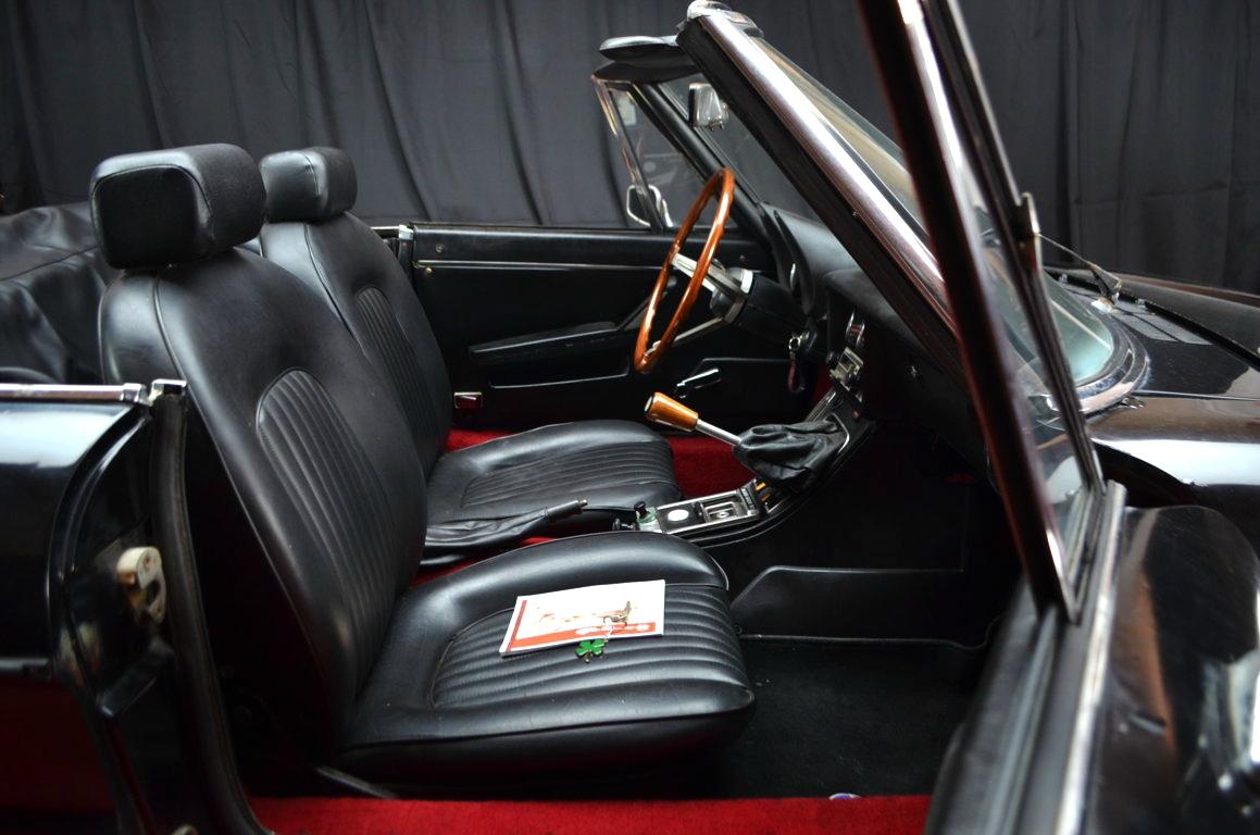 Alfa-Romeo-Spider-II-serie-nera-ClassicheAuto-15