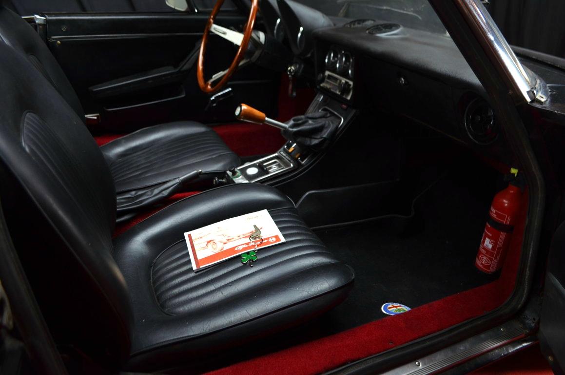 Alfa-Romeo-Spider-II-serie-nera-ClassicheAuto-16