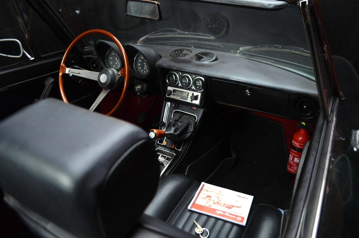 Alfa-Romeo-Spider-II-serie-nera-ClassicheAuto-17
