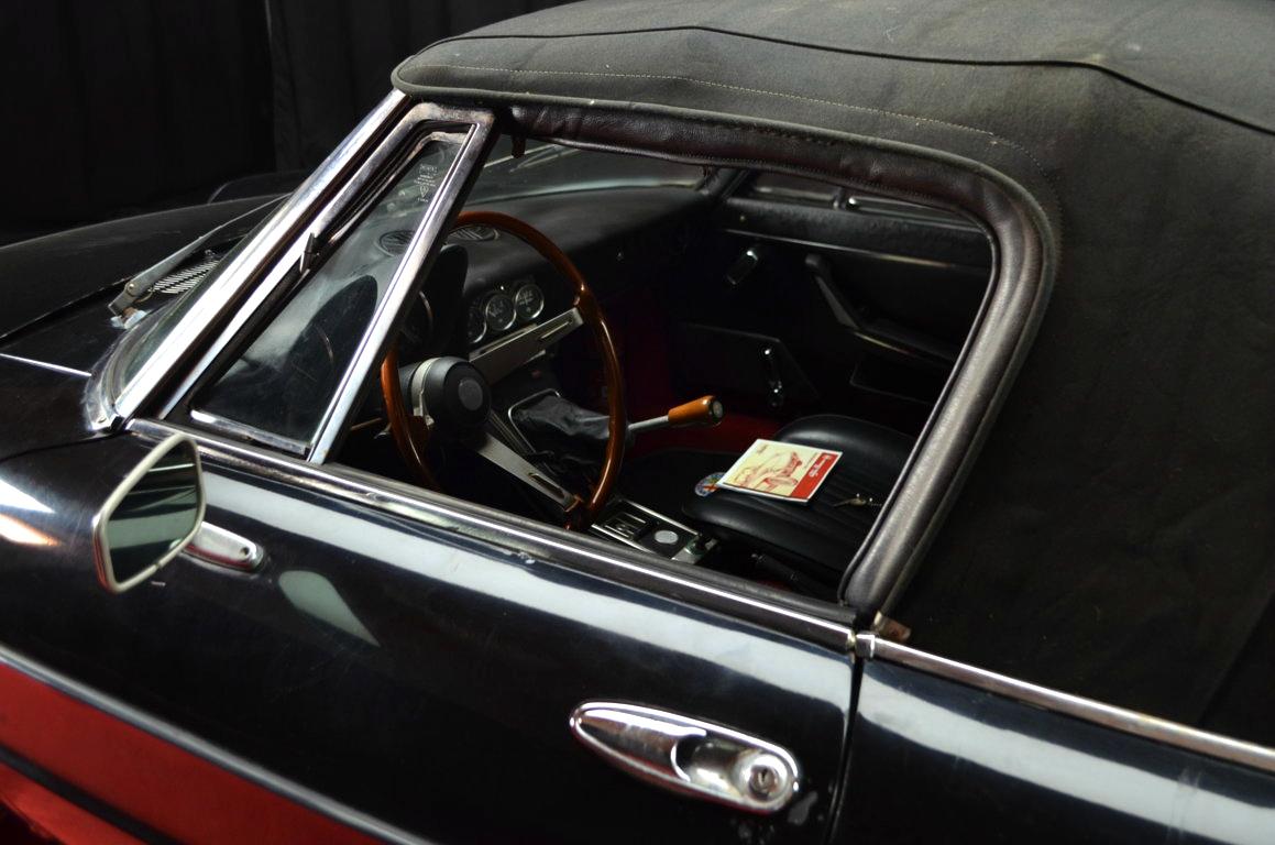 Alfa-Romeo-Spider-II-serie-nera-ClassicheAuto-25