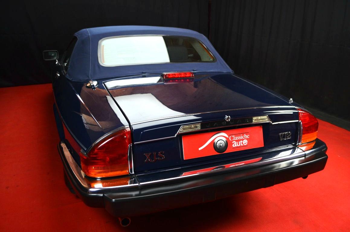 Jaguar-XJS-Blu-ClassicheAuto-18