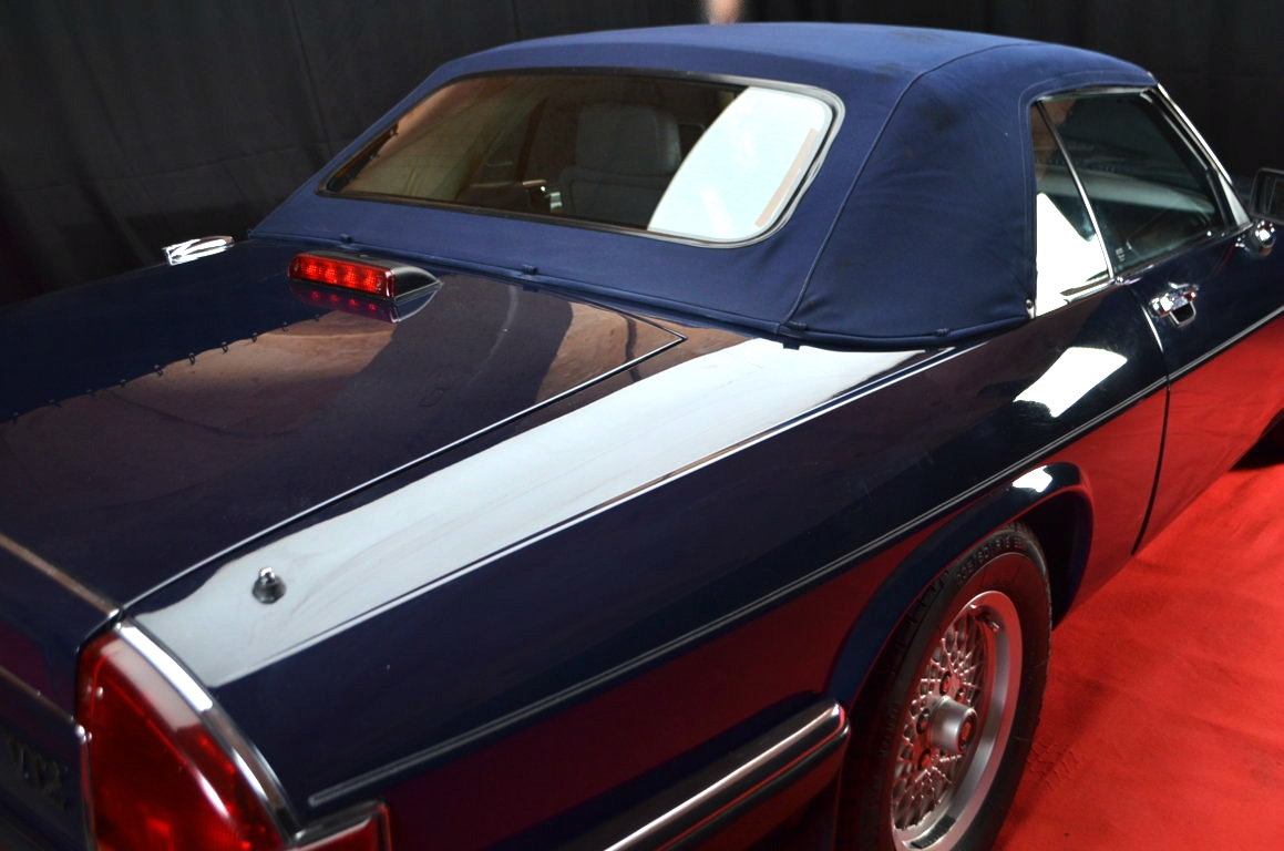 Jaguar-XJS-Blu-ClassicheAuto-23