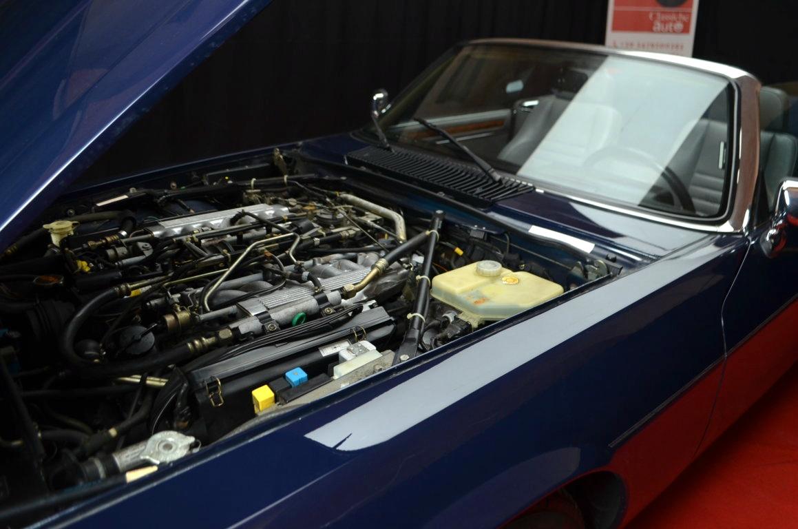 Jaguar-XJS-Blu-ClassicheAuto-26