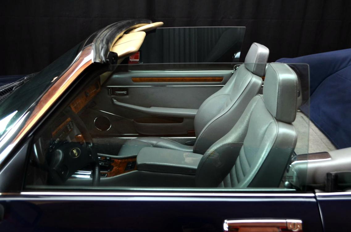 Jaguar-XJS-Blu-ClassicheAuto-3.0