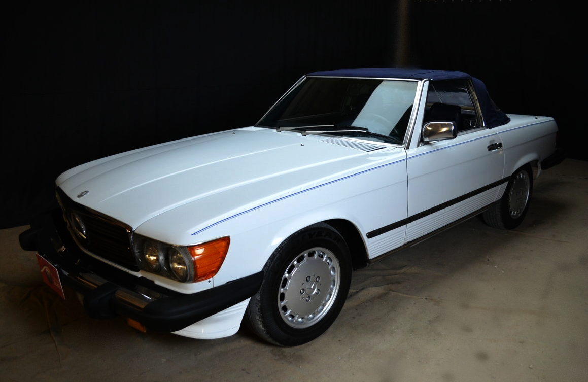 Mercedes 560 SL bianco - ClassicheAuto 13