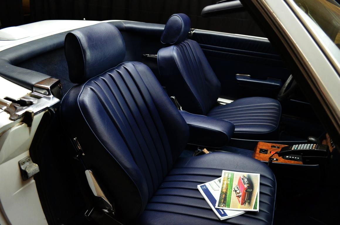 Mercedes 560 SL bianco - ClassicheAuto 8