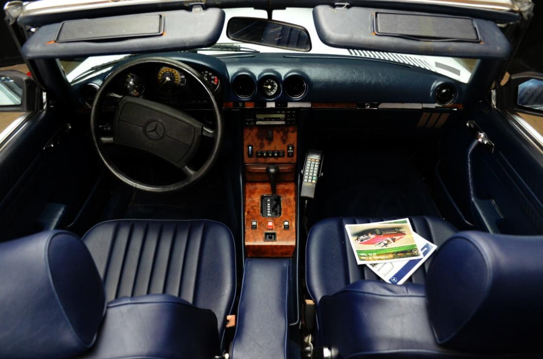 Mercedes 560 SL bianco - ClassicheAuto 9