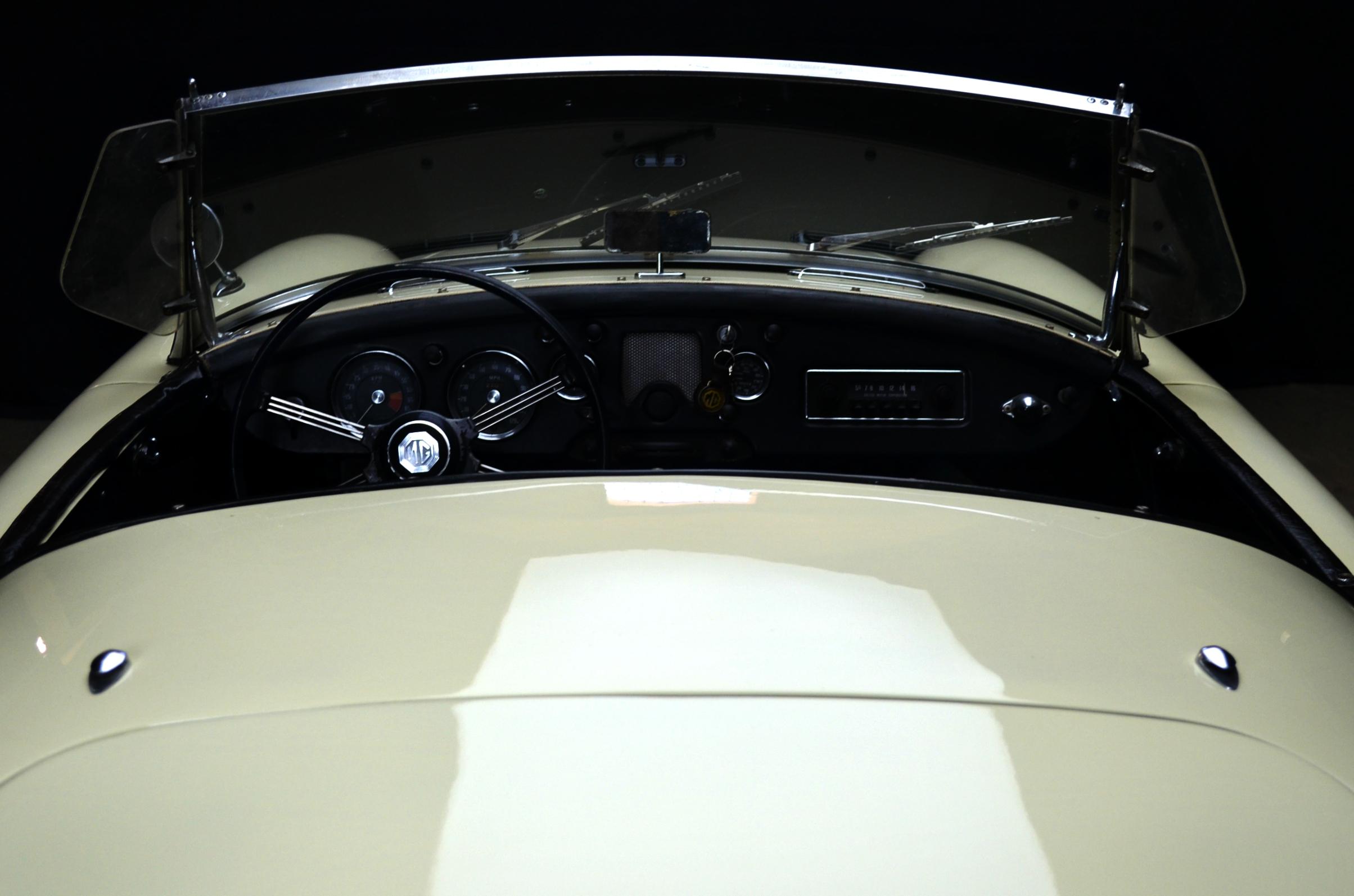 MG A Roadster, anno 1957 - ClassicheAuto 14