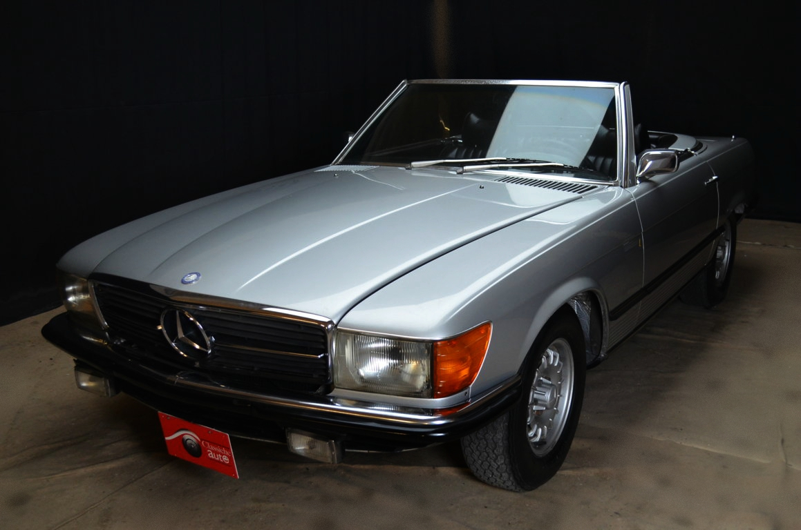 mercedes 350 sl anno 1975 certificata asi autoclassiche. Black Bedroom Furniture Sets. Home Design Ideas